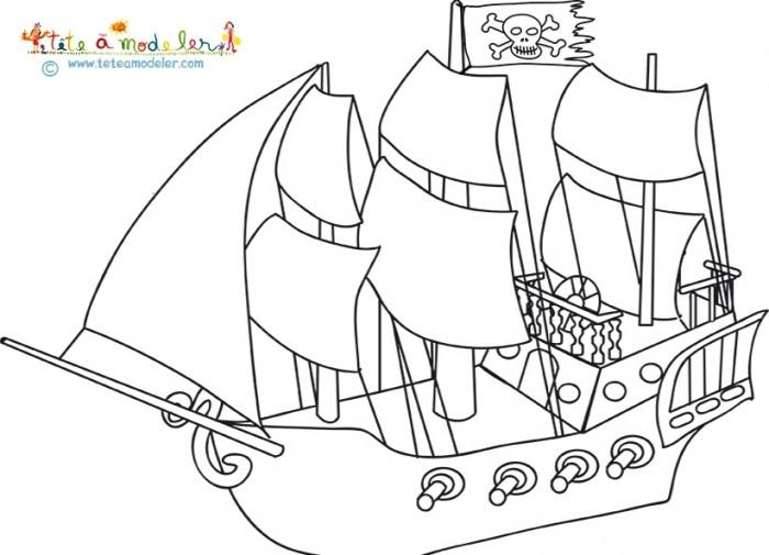 209 Dessins De Coloriage Pirate À Imprimer Sur Laguerche pour Sur Le Bateau Des Gentils Pirates