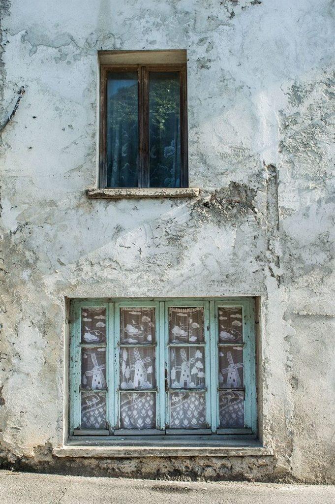 À 15 Km De Chez Moi, Il Y A Un Village Fantôme - Le Petit pour Fantome Chez Moi