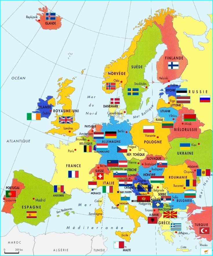 Carte Deurope Drapeaux Et Capitales En 2020   Carte Europe destiné Jeux De Carte Geographique Du Monde