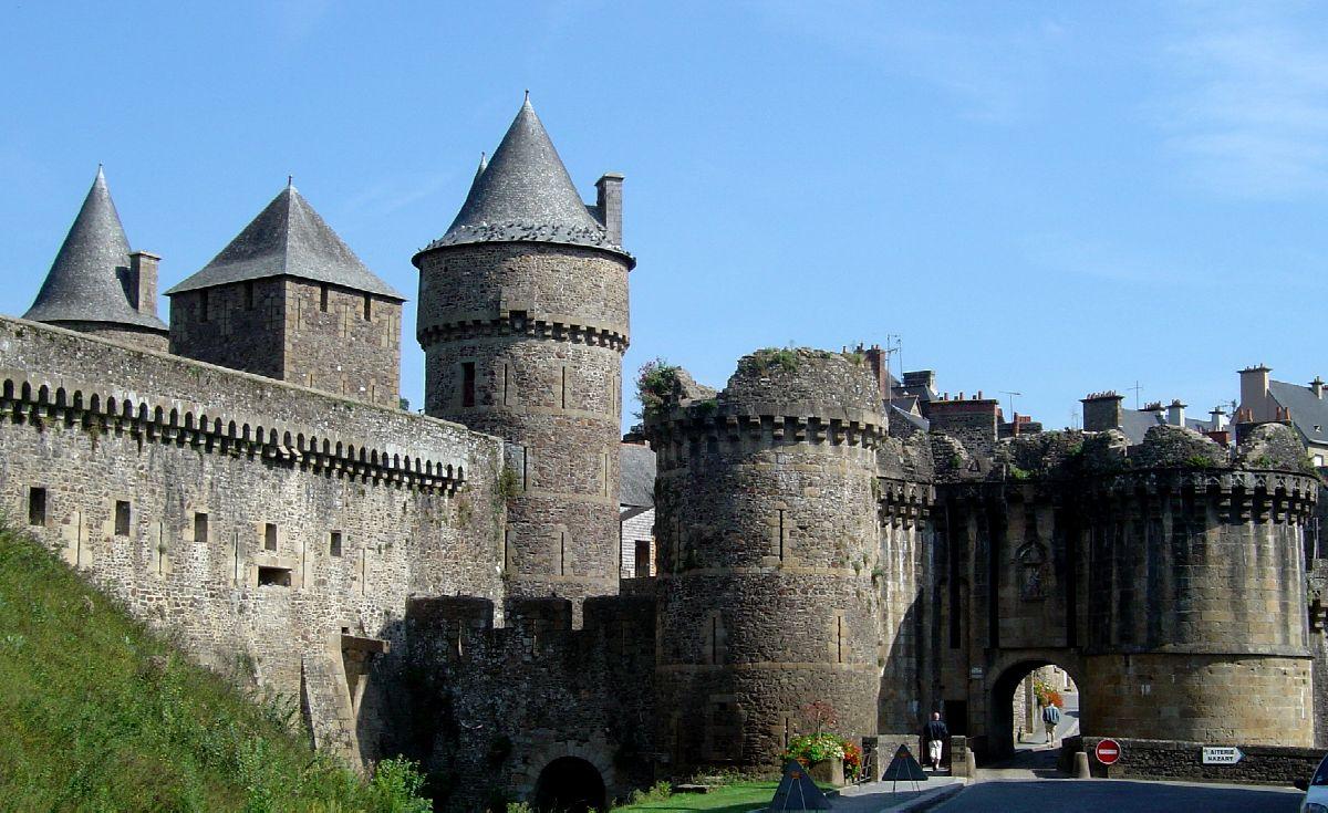 Castles In Europe: Fougères encequiconcerne Moyen Age Chateau