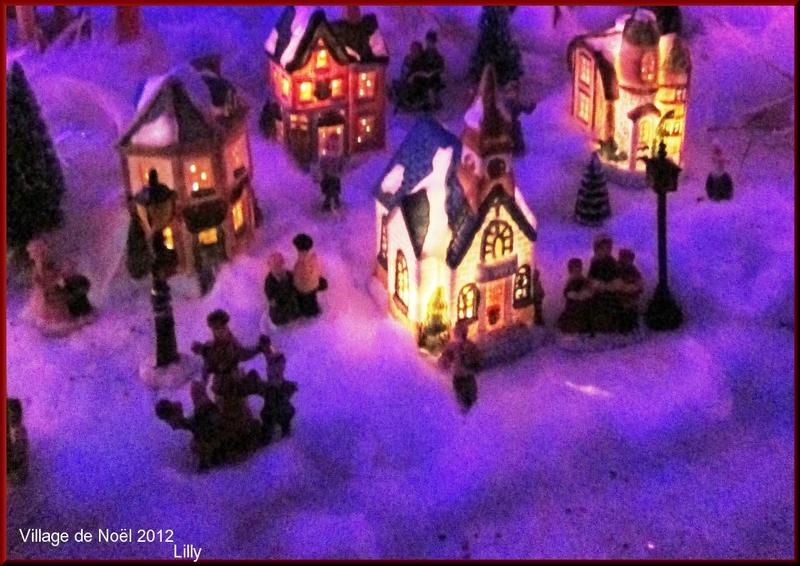 Chantons Noël Au Village Illuminé - Dans Ma Bonjotte avec Douce Nuit Sainte Nuit En Anglais