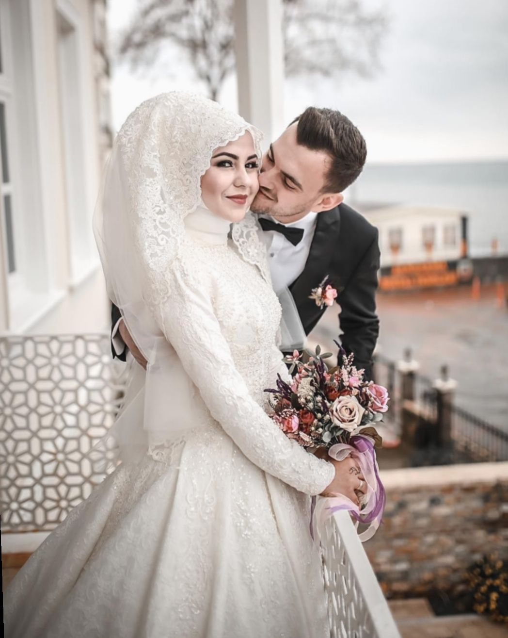 Couple Wedding Outfits Grooms #Couple #Coupledrawings # concernant Hijab Mariage Invité