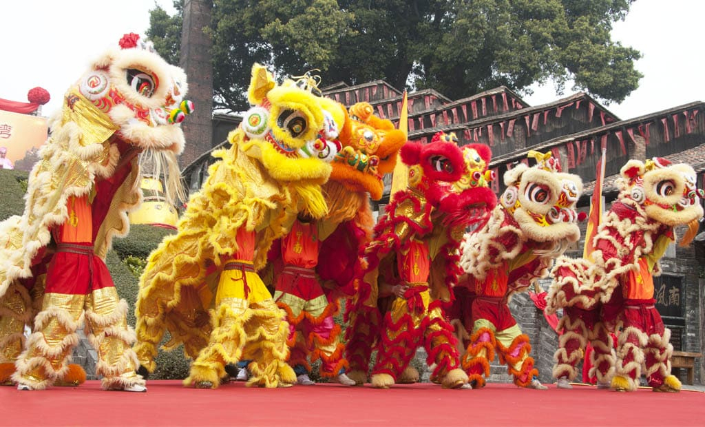 Danse Du Lion - L'Animation Nouvel An Chinois Qui Porte pour Spectacle Danse Chinoise