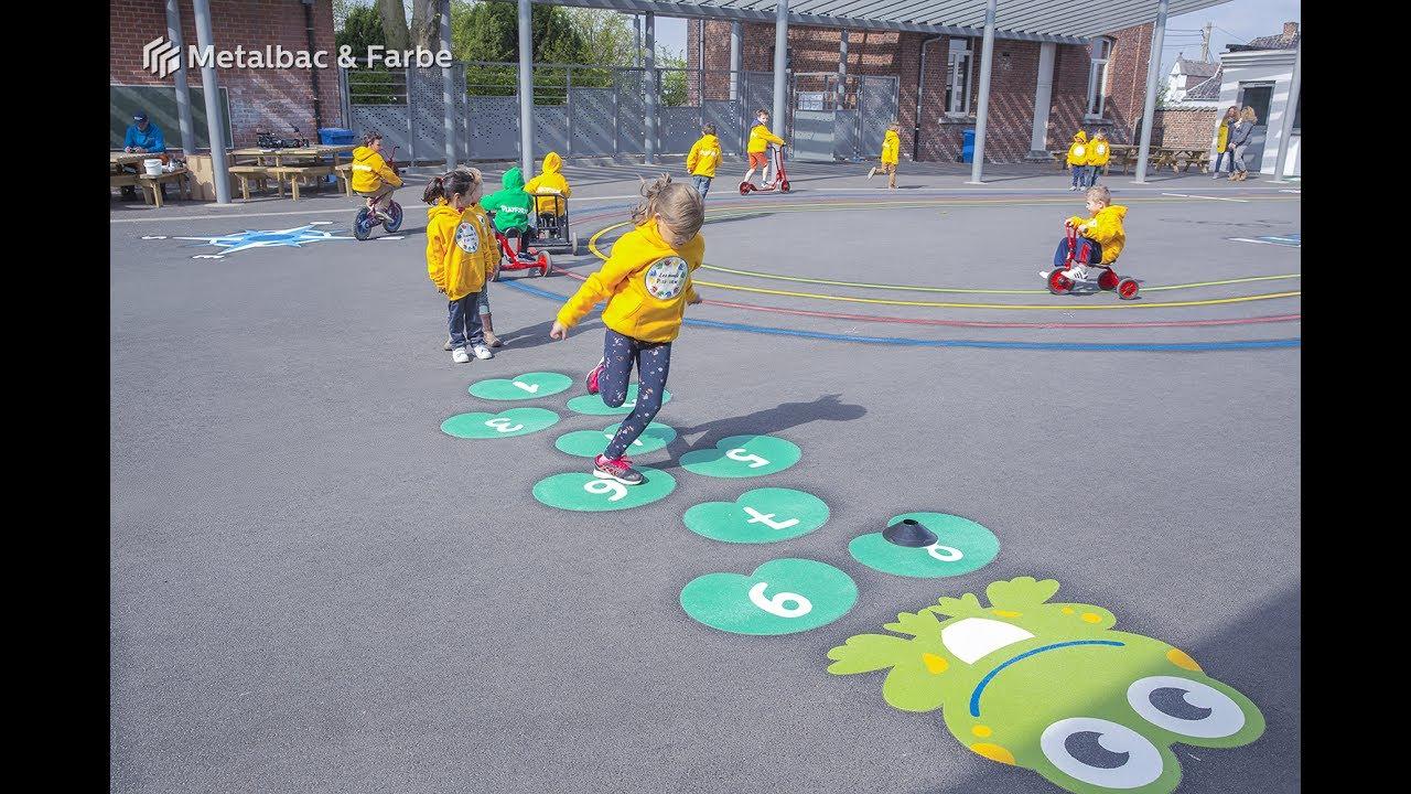 En Belgique À Bois-De-Lessines - Jeux De Plein Air Pour à Jeux De Betise Au Travail