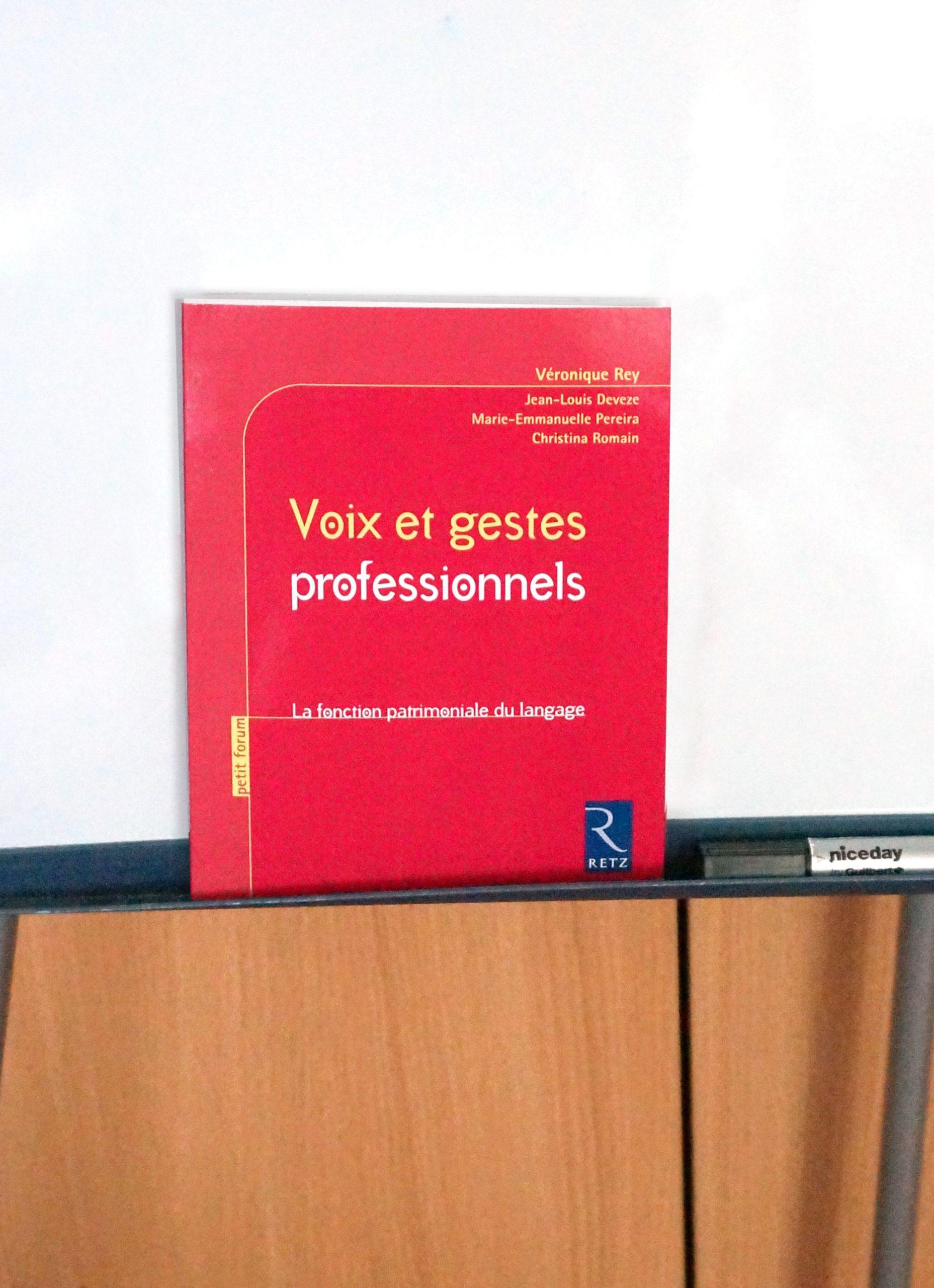 Épinglé Par Editions Retz Sur Enseigner Autrement | Voix à Éditions Retz Maternelle