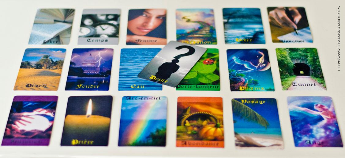 Jeu De Carte Vierge Blanc Pour Créer Votre Propre Tarot concernant Créer Un Jeu De Carte Personnalisé