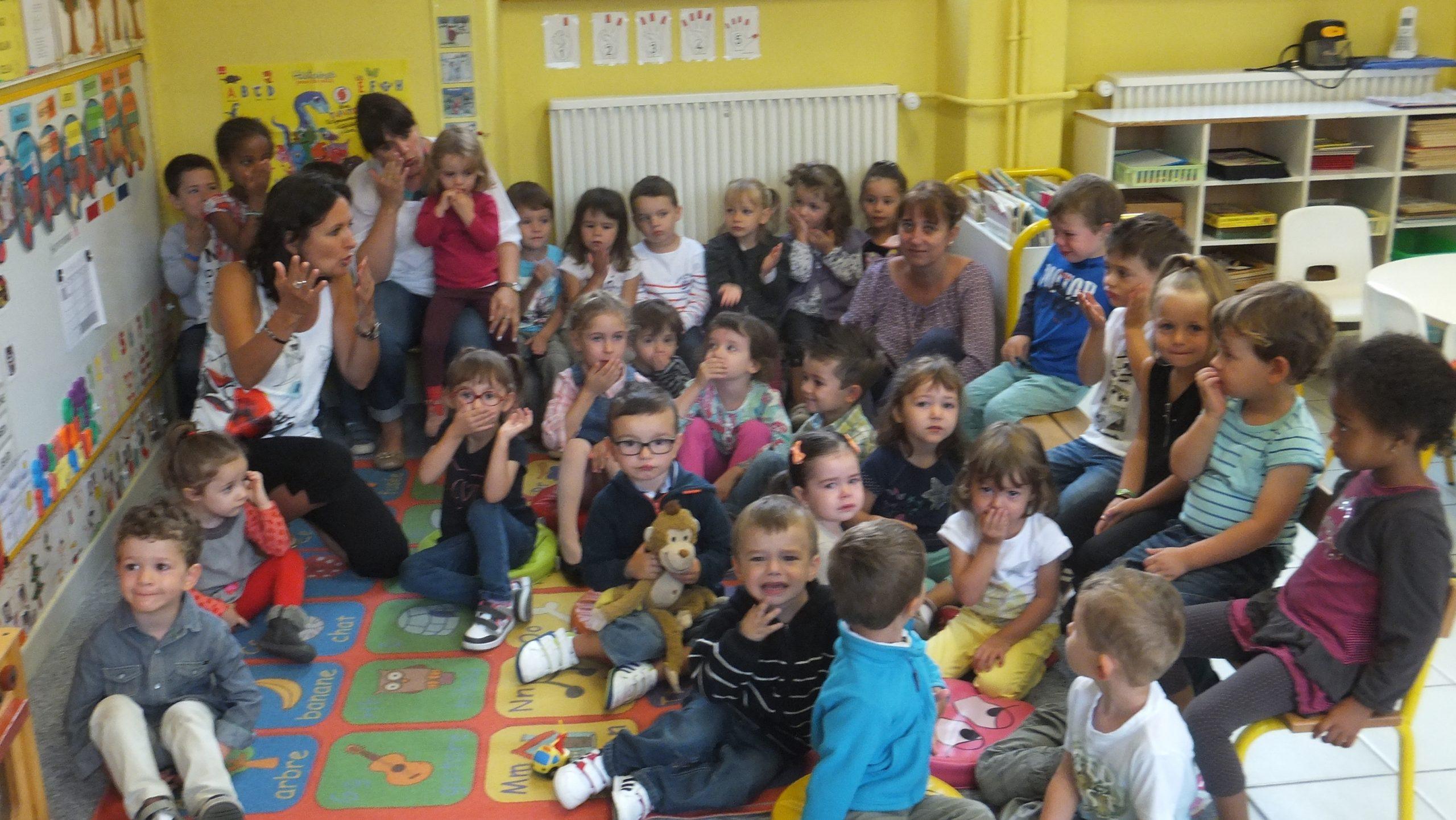 L'Ecole D'Authezat Vient De Faire Sa Rentrée…. intérieur Image D École Maternelle