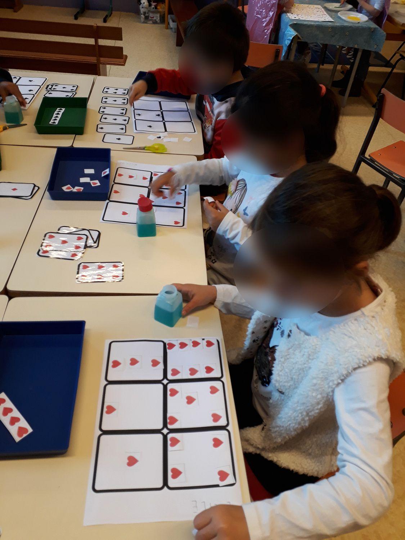 Maths Gs - Fabriquer Un Jeu De Cartes ~ La Classe Des Gnomes à Jeux Mathématiques Gs À Imprimer