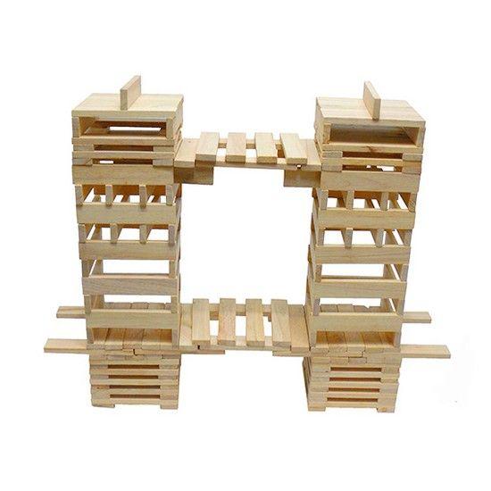 Pin By Hilde Bluys On Om Te Bewaren | Wooden Building dedans Figure En Kapla