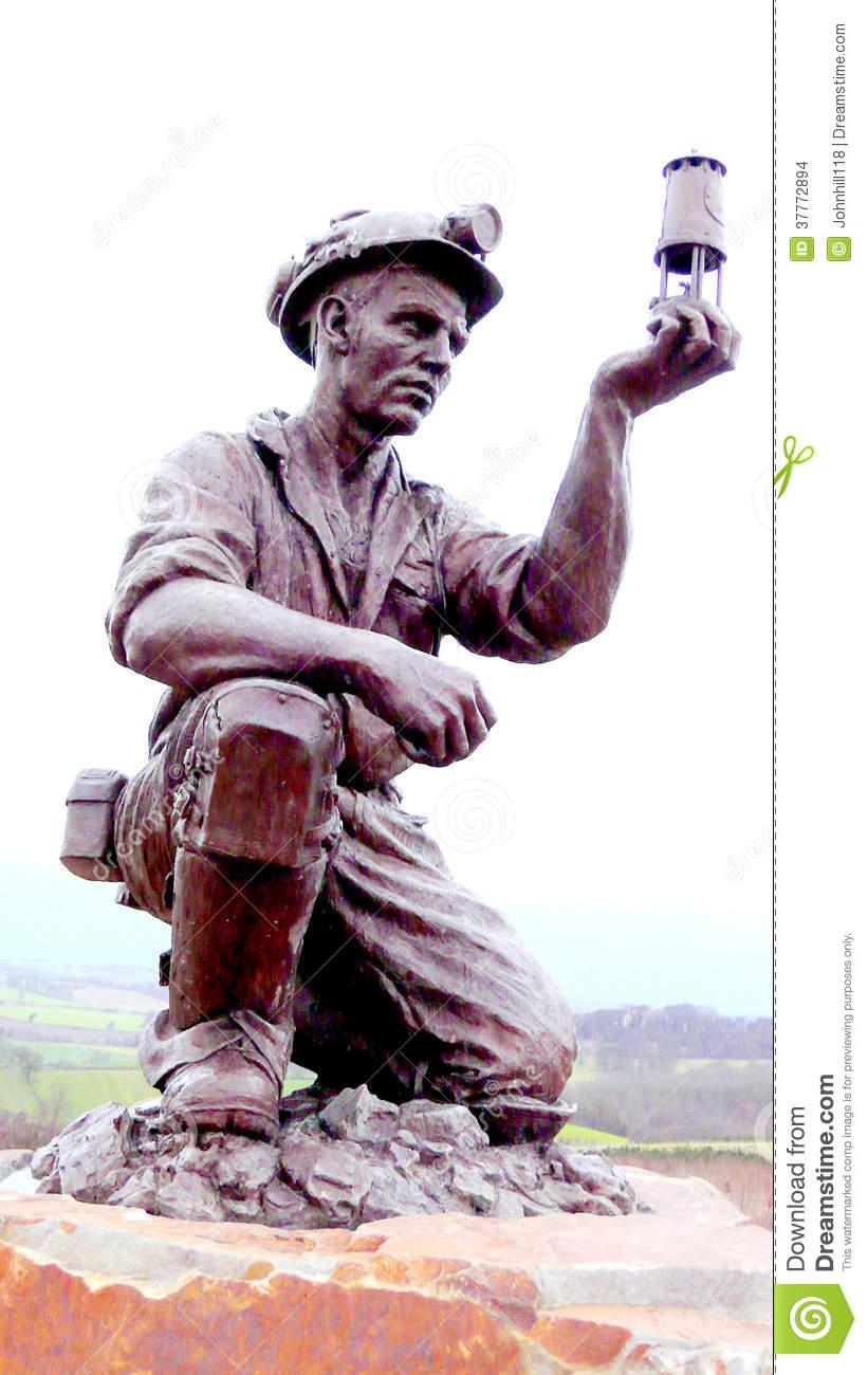 Statue D'Un Mineur Image Stock Éditorial - Image: 37772894 intérieur Mineur D Or